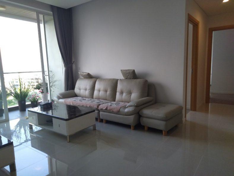 Phòng khách căn hộ sarimi sala quận 2 muốn bán